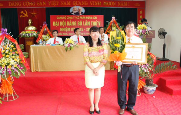 Công ty Cổ phần Ngân Sơn tổ chức Đại hội Đảng lần thứ V, nhiệm kỳ 2015-2020