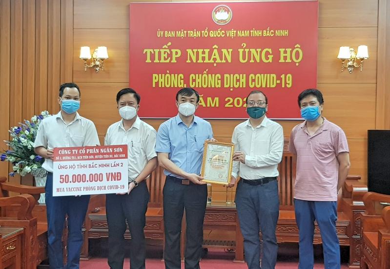 Công ty Cổ phần Ngân Sơn ủng hộ Quỹ vắc xin phòng Covid-19  của tỉnh Bắc Ninh